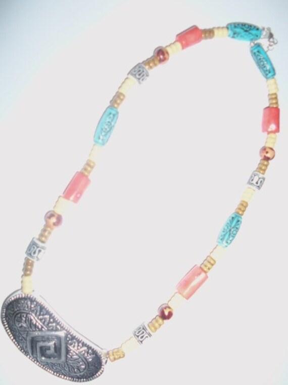 Tribin' & Vibin' Necklace