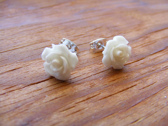 Earrings White Roses Purity Petals