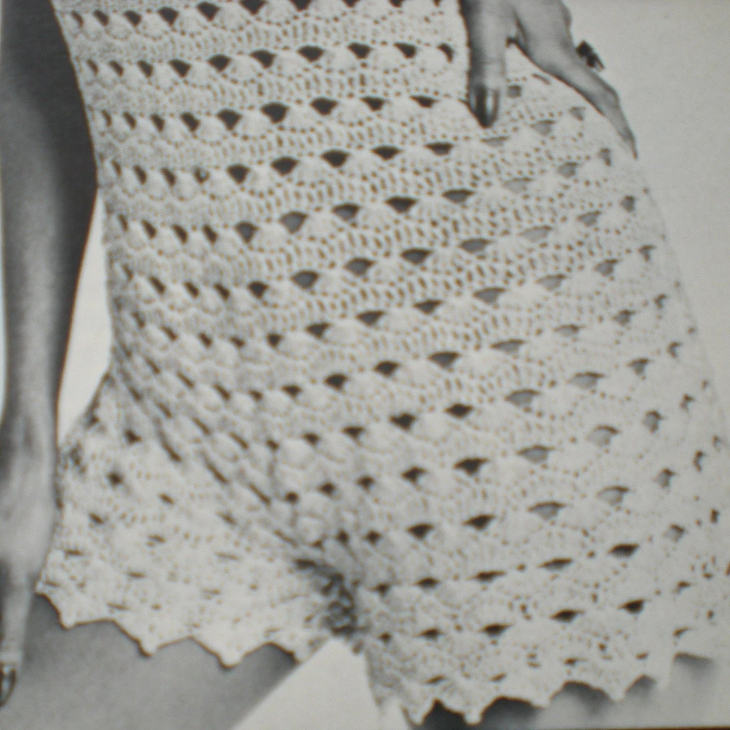 Vintage Crochet Pattern 021 Hot Pant Playsuit from WonkyZebra