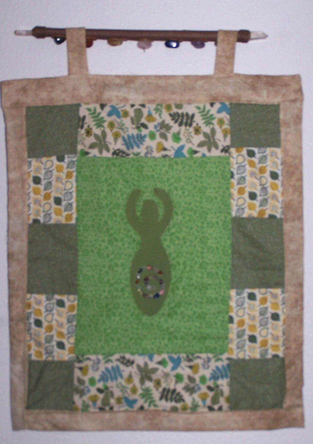 Goddess wallhanging green