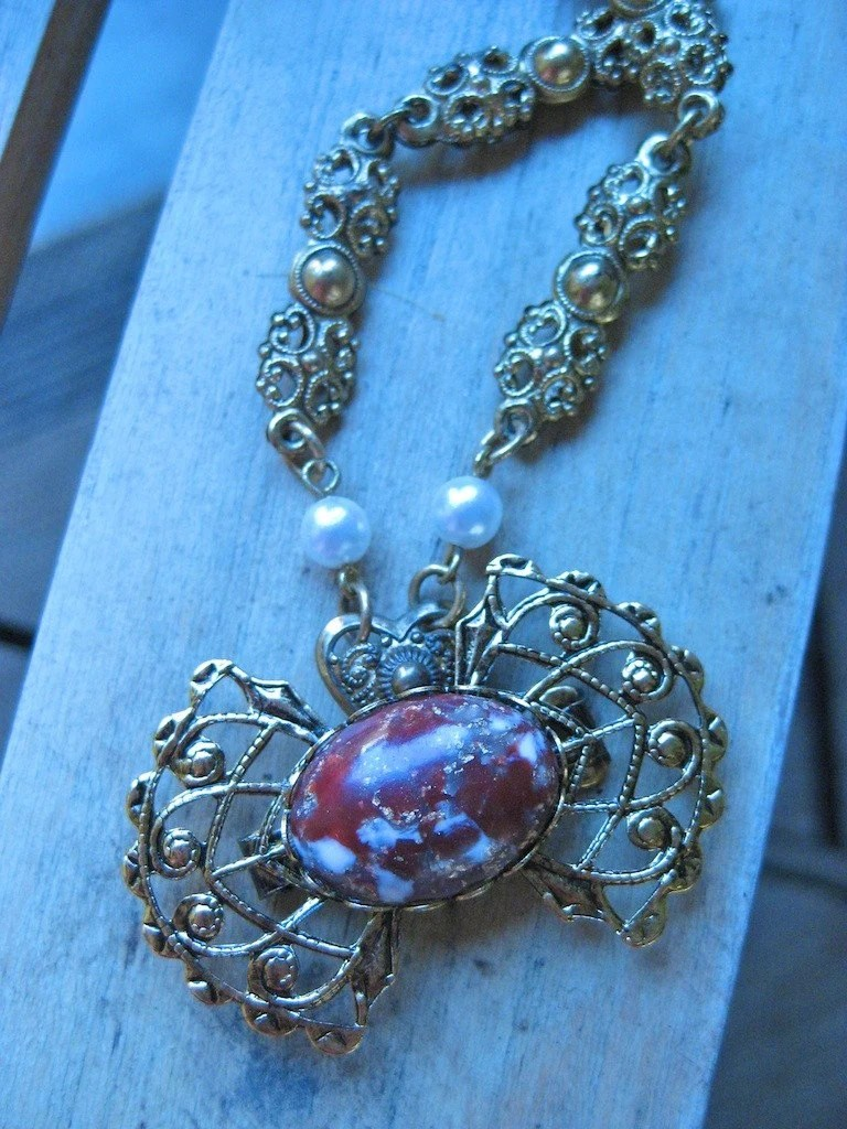 Victorian Anjou Necklace with Agate Bead Filigree Bow Ornament and Faux Pearls