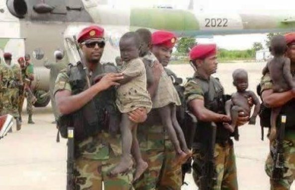 Ethiopian soldiers returning Ethiopian children who were abducted by Murle tribesmen of South Sudan in 2015. (Photo: file)