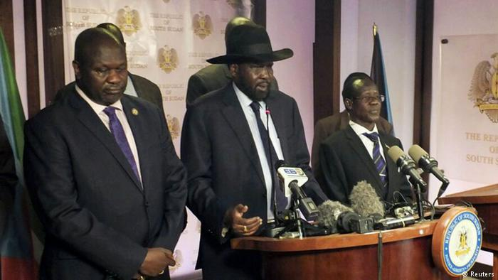 President Salva Kiir and Dr. Riek Machar giving speeches after the bodyguards fought and killed themselves on July 8th, 2016 at J1(Photo: file)