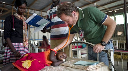 A scene inside the paediatric department of Malakal Teaching Hospital where ICRC doctor Giorgio Monti conducts his early morning rounds back in 2012. Such facilities today are destroyed by the warring troops in places like Malakal and other parts of Upper Nile(Photo credit: T. Stoddart / Getty Images / ICRC)