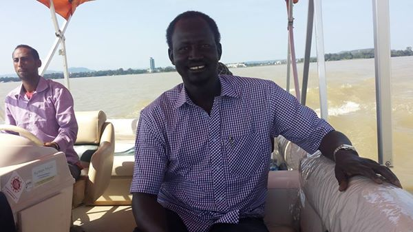 SPLA-IG spokesman, Brig. Gen. Lul Ruai Kong enjoying the Nile during his breaks(Photo: LRK)