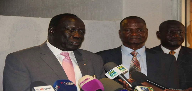 Gen. Lado Gore (l) speaking in a press conference in Juba during his Arrival From Pagak on April 12th 2016 (File photo)