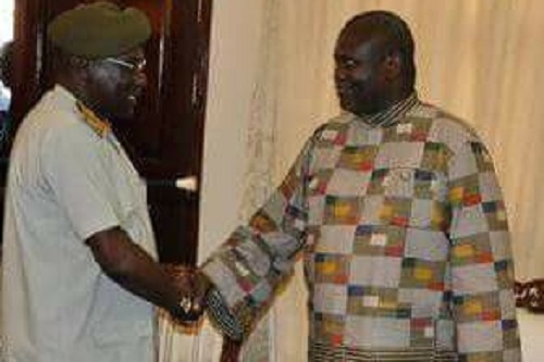 Dr. Riek Machar meeting Gen. Paul Malong in the Presidential Palace J1 on April 26 2016 in Juba (File photo)