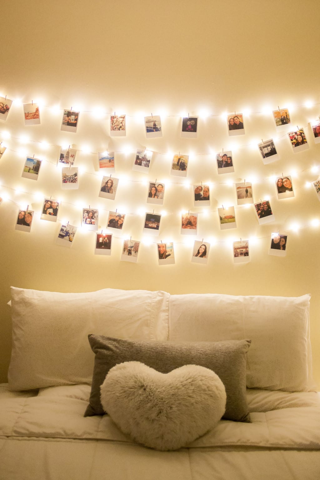 DIY: How to decorate your room with polaroids!   Ny & About on How To Decorate Your Room  id=75310