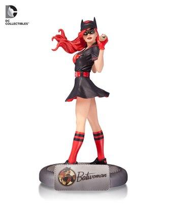 4-dccomics_bombshells_batwoman_statue_580_54c06ffe87b7e6.40189150