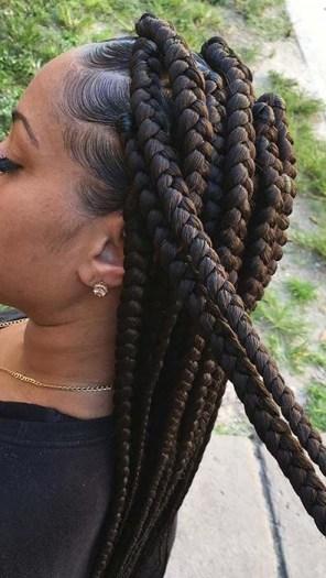 prendre soin de ses tempes avec les box braids ou rastas