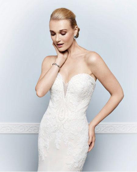 juston aleaxander wedding dresses