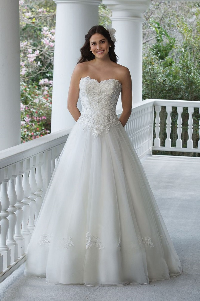 NYBGRaleigh-justinalexander-sincerity-bridal-wedding-dresses-3953.jpg