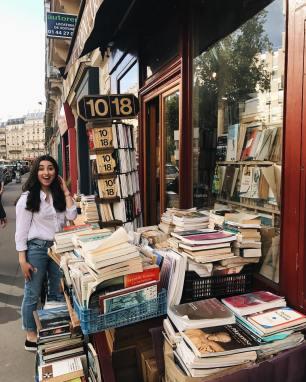 Photo via @bookbaristas