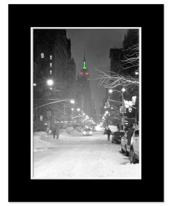Empire State Building Christmas New York Art Print Poster MP-1149 Mat Black