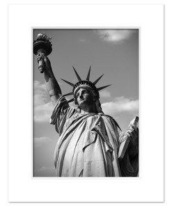 Statue of Liberty Black and White Art Print Poster MP-1170 White Mat