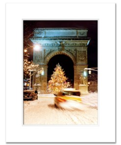 Washington Arch Christmas Tree New York Art Print Poster MP-1902 White Mat
