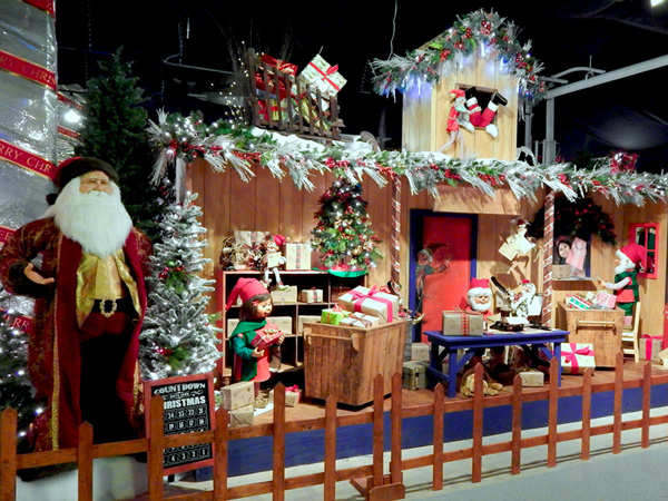 Christmas in New York Holidays Display NYC 2