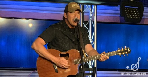 Up Close & Country with Rodney Atkins at New York's 94 7