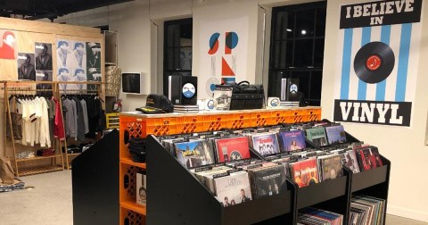 Pop Up Vinyl Store NYC