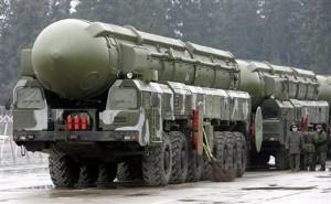 SS-27_Stalin_Topol-M_RS-12M2_RT-2PM2_intercontinental_ballistic_missile_truck_MZKT-79921_Russian_Army_Russia_014