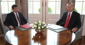 'Erdoğan Farklı Cumhurbaşkanlığına Hazırlanıyor'