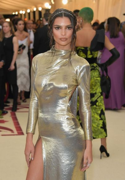 NEW YORK, NY - MAY 07:  Emily Ratajkowski attends the Heavenly Bodies: Fashion & The Catholic Imagination Costume Institute Gala at The Metropolitan Museum of Art on May 7, 2018 in New York City.  (Photo by Neilson Barnard/Getty Images)