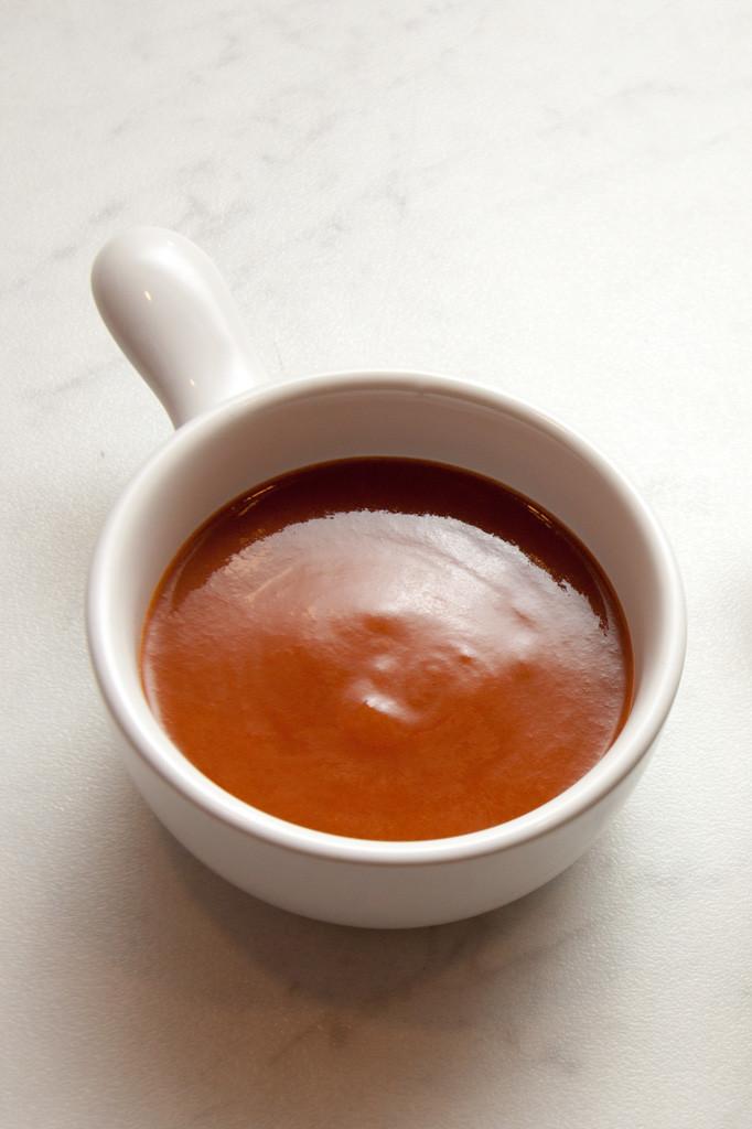 brunsås, sauce espagnole