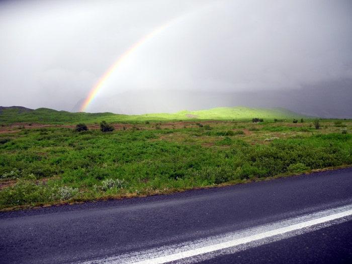 Náttúrutengsl og umhverfisstjórnun: Mótun, upplifun og áhrifaþættir
