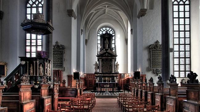 Insidan på Heliga Trefaldighetsskyrkan i Kristianstad. Foto: Wikimedia Commons