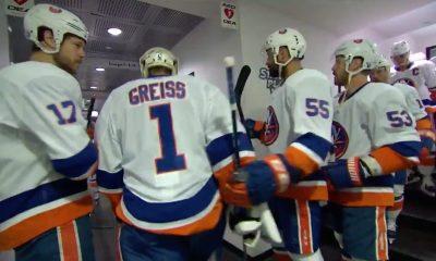Thomas Greiss leads Isles onto the ice