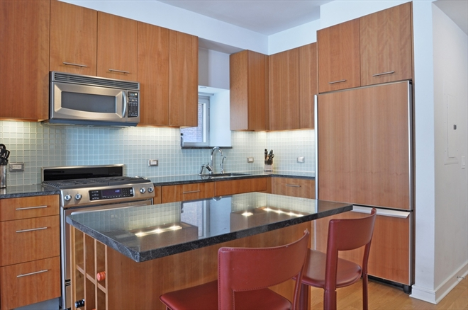 Who Refaces Kitchen Cabinets