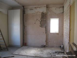 Another bedroom waiting to happen.