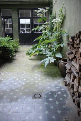 emery et cie courtyard