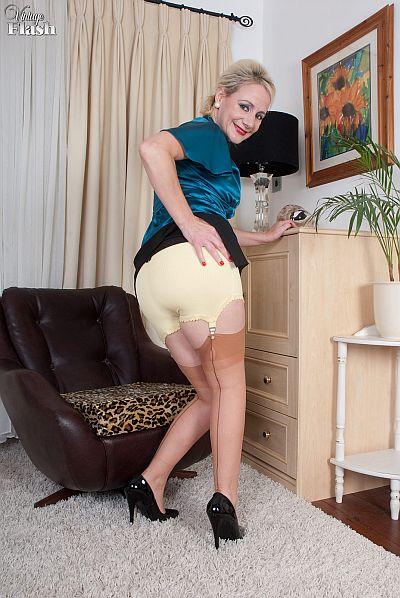 High Heels Spanking Panties Skirt