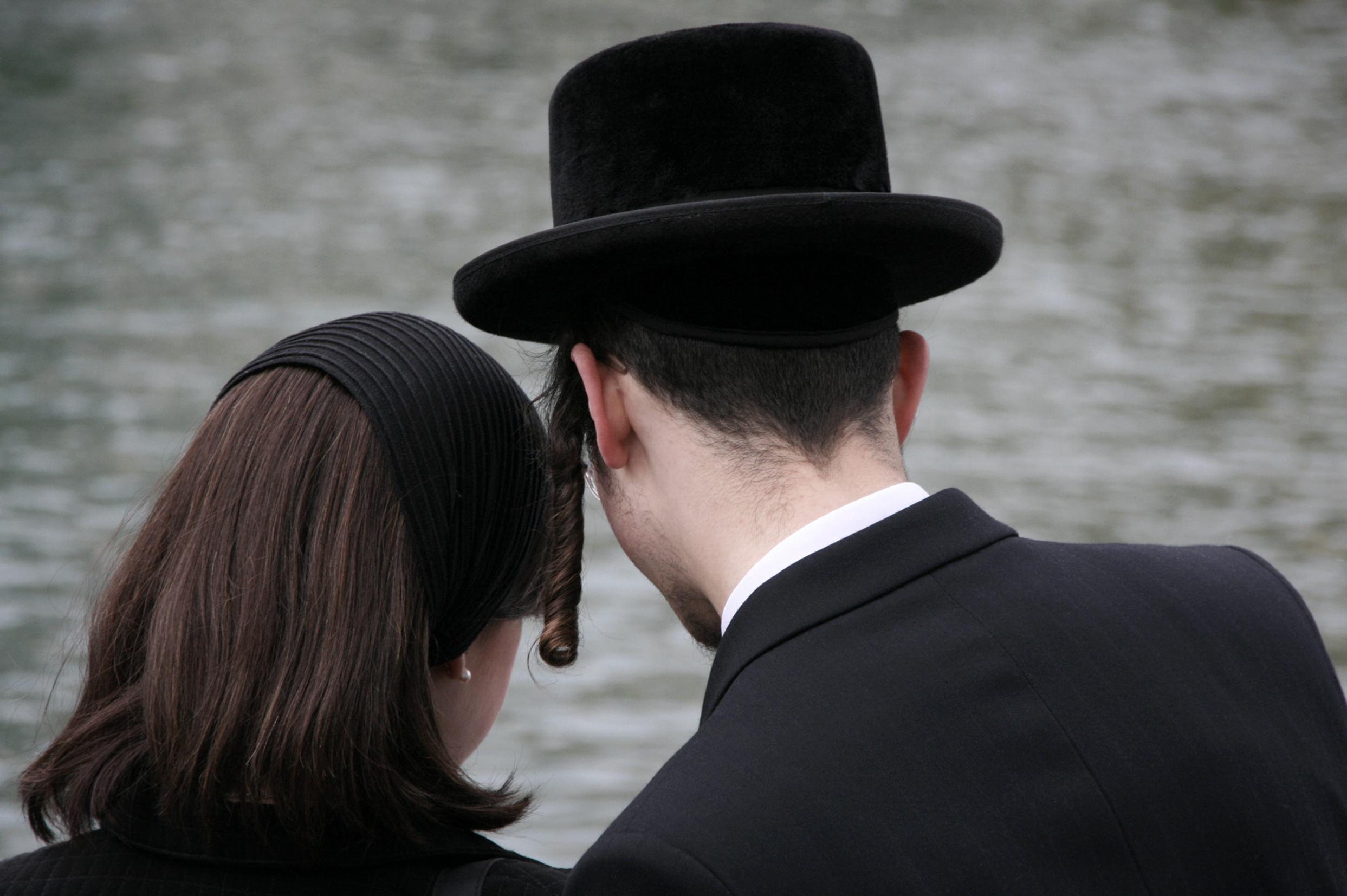 Hasidic Women Love