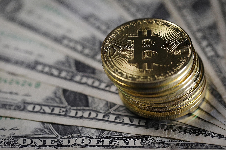 A Bitcoin heti lendület-mutatója 2020 óta először fordul meg |