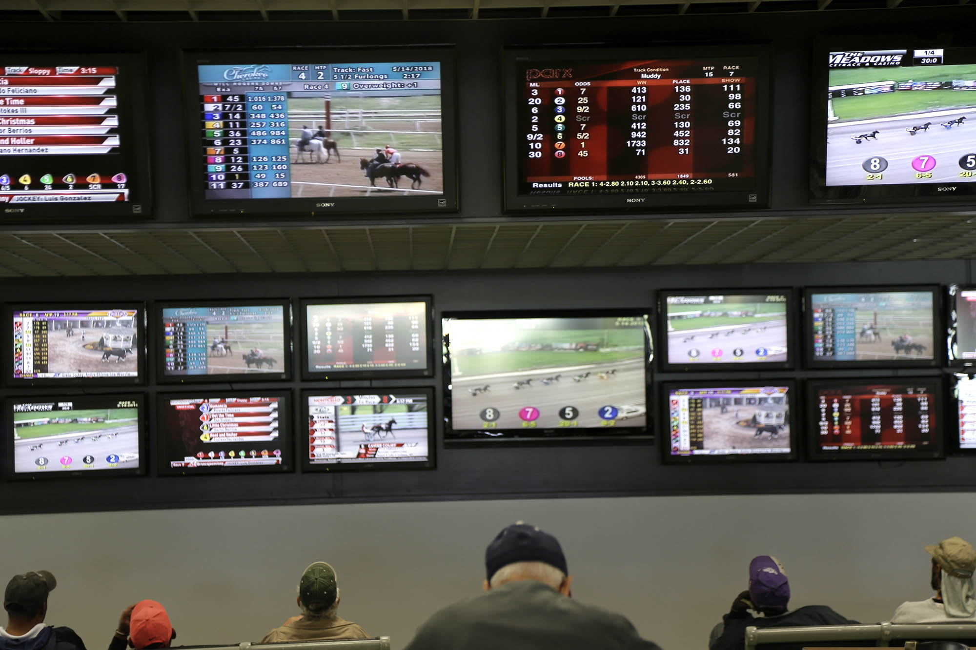 Nj sports betting bill six persons arrested on betting chargesmart