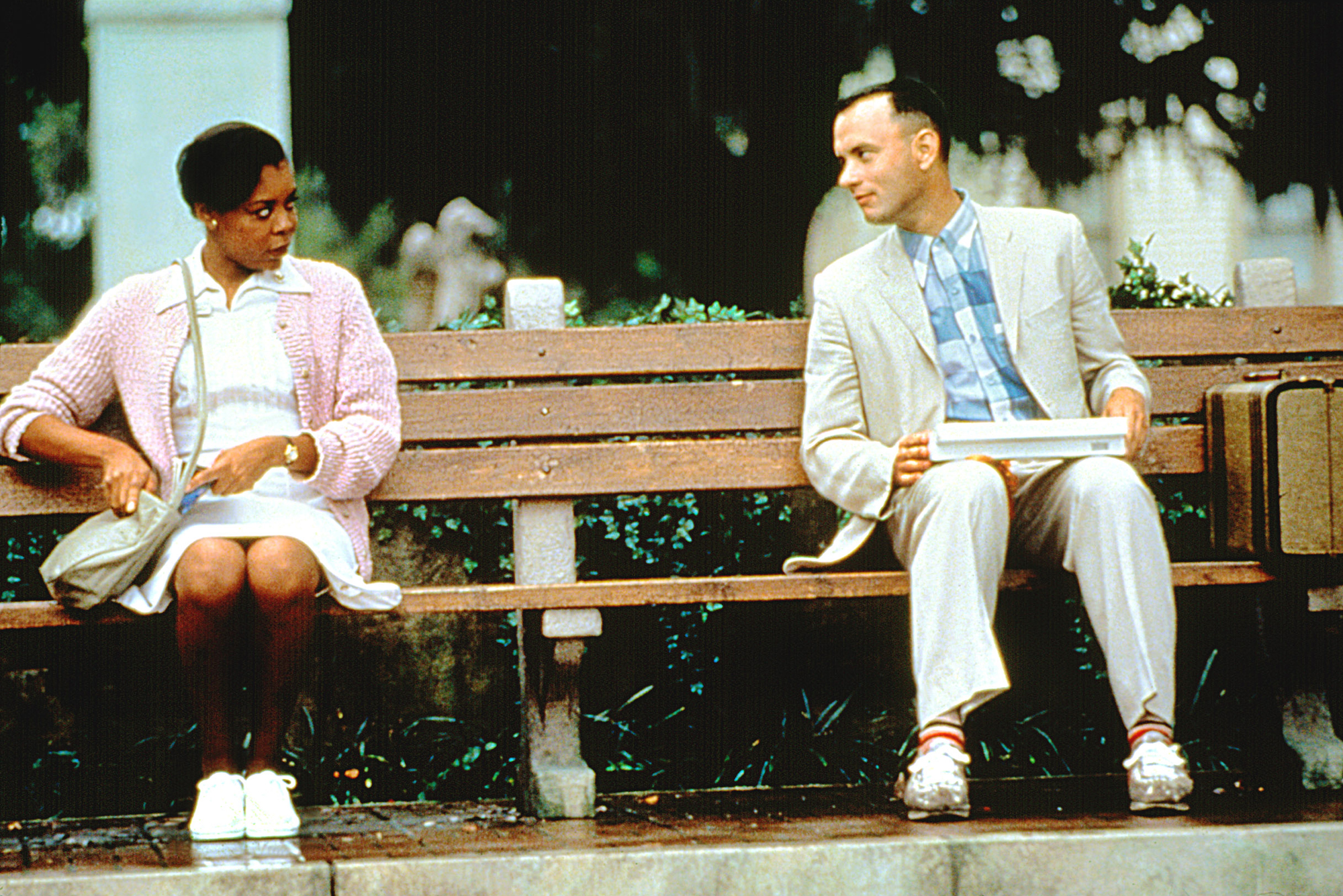 Forrest Gump 25 Years Later This Classic Doesn T Hold Up