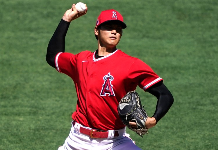 Angels' Shohei Ohtani walks eight batters in about 50 pitches