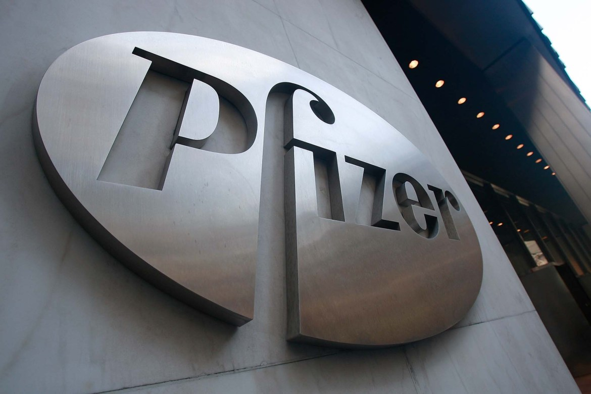 Pfizer CEO says 'political pressure' won't affect COVID-19 vaccine efforts 1