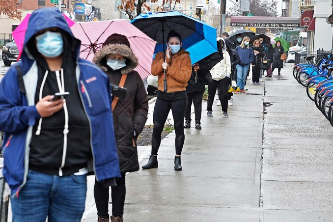 Long lines form at COVID-19 testing sites as cases spike in NYC