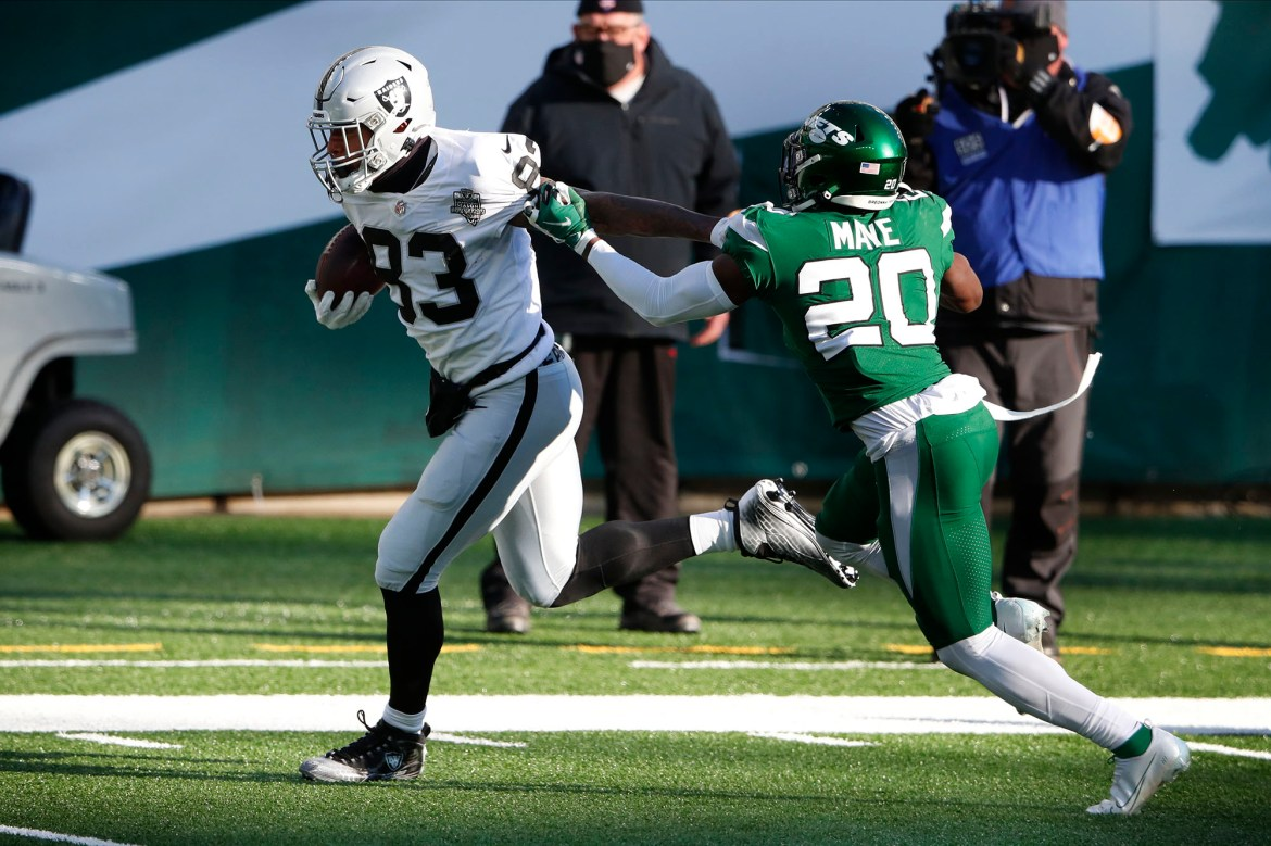 Jets gave Raiders tight end Darren Waller 'way too much' 1