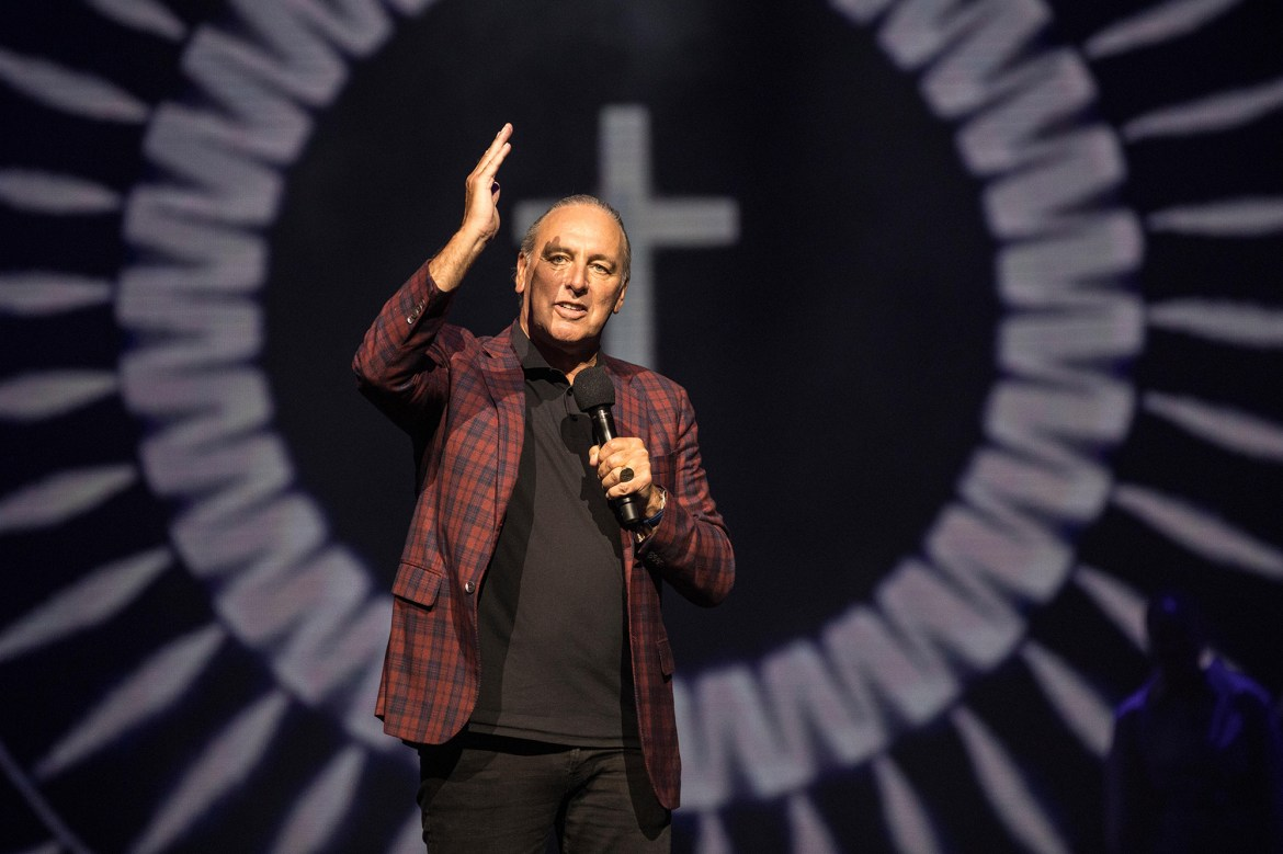 Hillsong founder Brian Houston responds to church homophobia claims 1