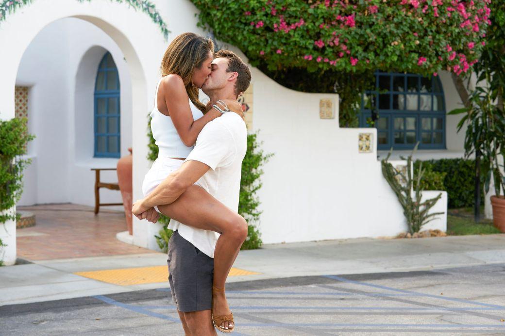 ben tayshia kiss
