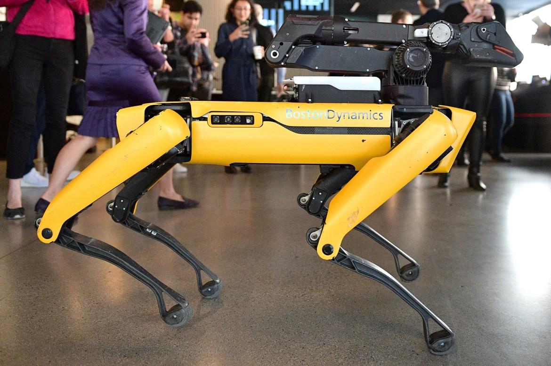 Hyundai to take over robot-maker Boston Dynamics 1
