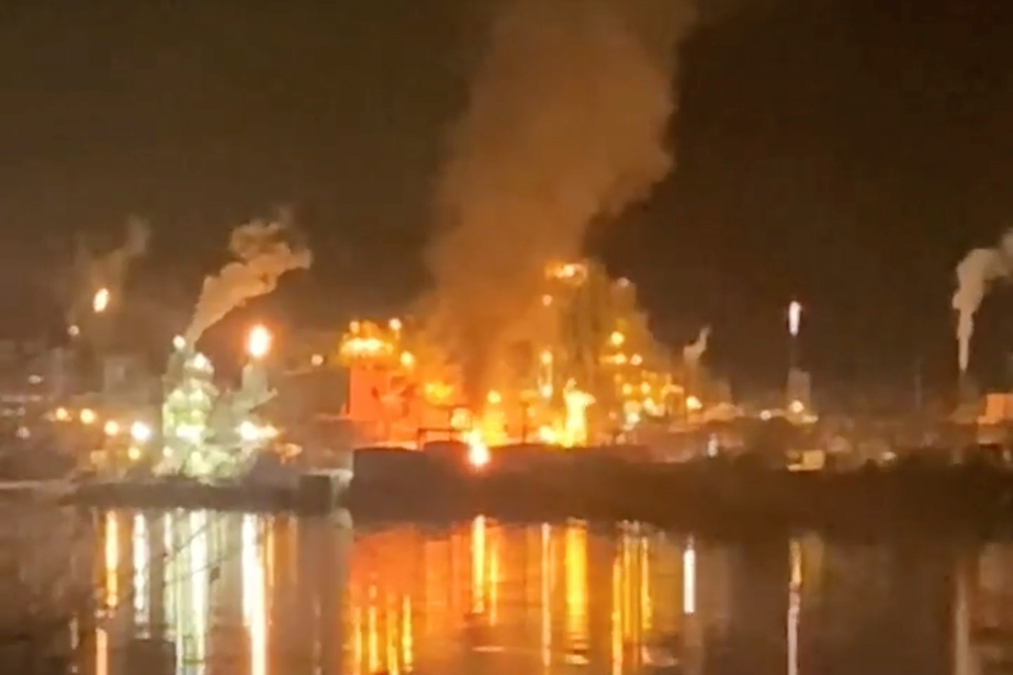 West Virginia area told to shelter-in-place after explosion at chemical plant