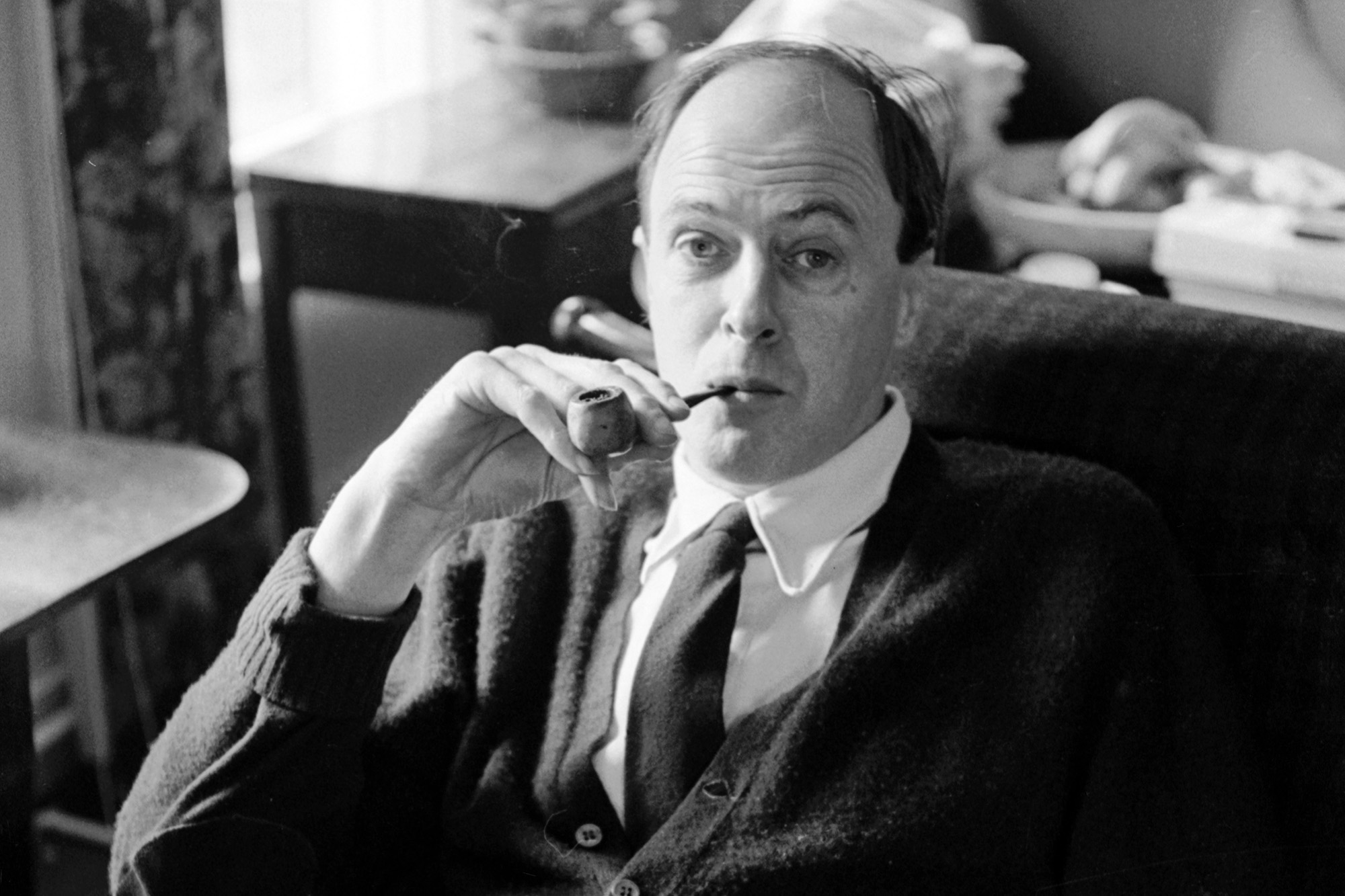 Roald Dahl's family issues apology for author's anti-Semitism