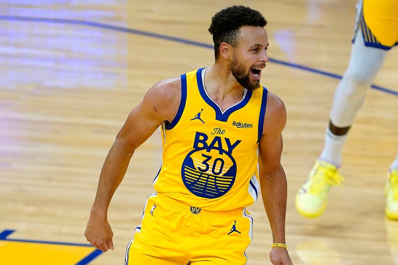Stephen Curry scores career-high 62 as Warriors beat Blazers 1