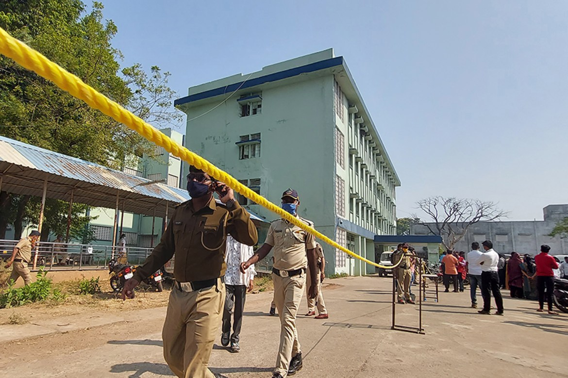 Ten babies killed in a fire at Indian hospital 1