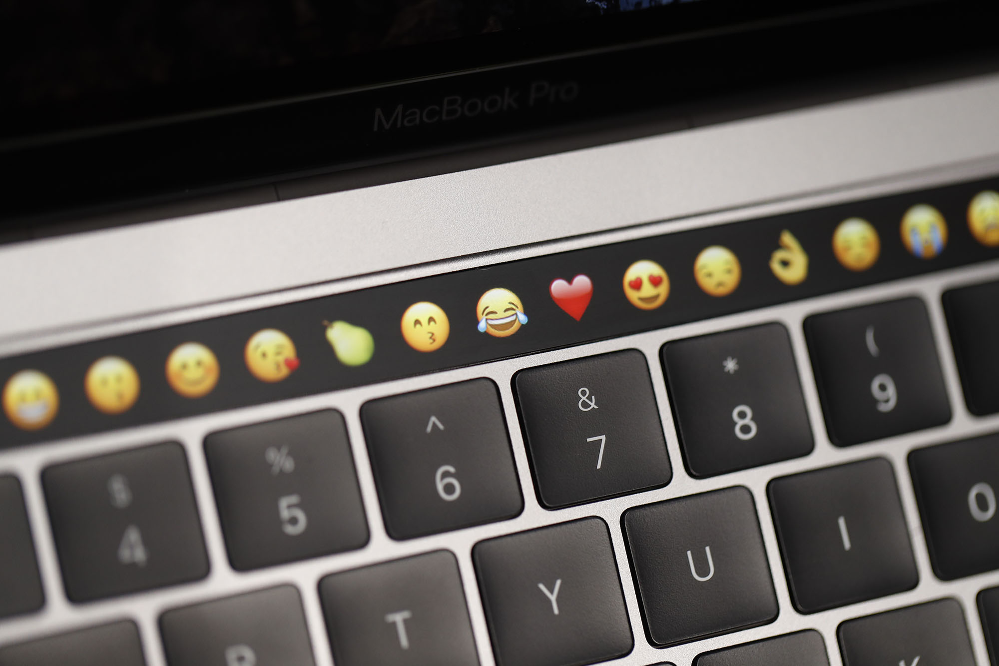 Apple expected to ditch Touch Bar in 2021 MacBook Pro models